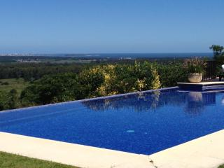 *LUXURY* Ample and majestic house with pool - Punta del Este vacation rentals