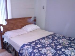 Port Hope Economy Home - Port Hope vacation rentals