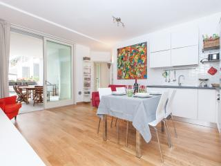 Boutique Domus Dimond Terrace Wifi A/C - Rome vacation rentals