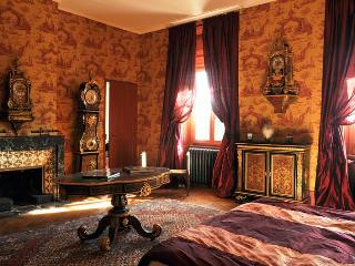 Chateau des Faugs: Istar Suite - Boffres vacation rentals