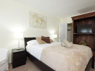 #9 LOCATION LOCATION! Trendy 1 Bed, On The Beach - Fort Lauderdale vacation rentals