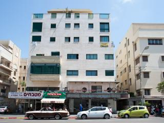 3 Bedrooms penthouse 122 Ben Yehuda str. Apartment #25 - Jaffa vacation rentals