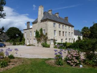 16th cent Chateau near the d-day beaches - Les Pieux vacation rentals