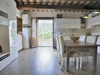 4-person Umbrian Country House - Montone vacation rentals