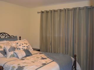 Nice House with Internet Access and A/C - Hillsboro vacation rentals