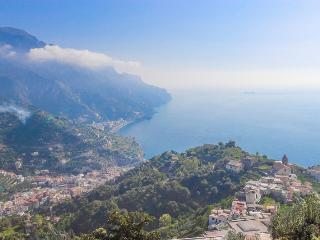 Apartment Zephiro in Ravello - Ravello vacation rentals