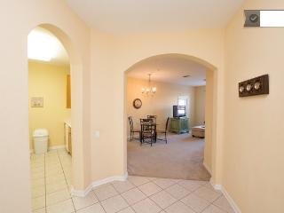 Cozy Apartment at Vista Cay - Orlando vacation rentals