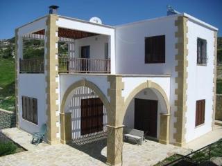 Villa in Kormakitis, Kyrenia, Cyprus - Kayalar vacation rentals