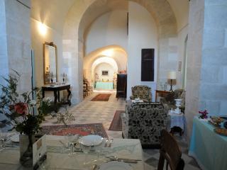 VILLA PRINCIPE DI ISPICA: elegant Castle by the sea - Ispica vacation rentals