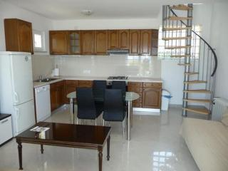 Bright 1 bedroom Vacation Rental in Icici - Icici vacation rentals