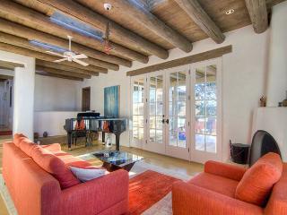Perfect House with Balcony and Wireless Internet in Santa Fe - Santa Fe vacation rentals