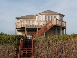 Spacious 5 bedroom Pine Knoll Shores House with Internet Access - Pine Knoll Shores vacation rentals