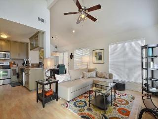Family Townhome Near Austin's Best Offerings – Close to Mueller & Downtown - Austin vacation rentals