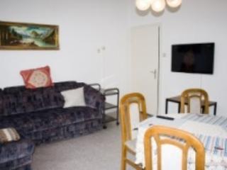 Vacation Apartment in Bernkastel-Kues - 1292 sqft, renovated, furnished, comfortable (# 4624) - Bernkastel-Kues vacation rentals