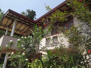 Hill House Mirissa - Habarana vacation rentals