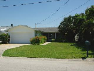 Great Intracoastal Family Home with  the Dog!  30 day minimum. - Indian Rocks Beach vacation rentals