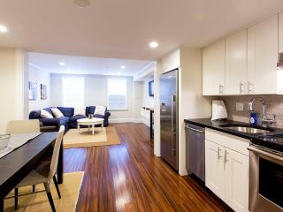 Beacon Hill Boston Furnished Apartment Rental 94 Charles Street Unit 1 - Boston vacation rentals