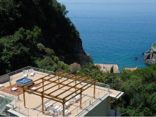 Apartment Corallo in Maiori - Maiori vacation rentals