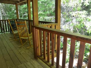 Beautiful Cabin with Refrigerator and Porch - Cherokee vacation rentals