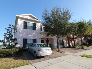 Lakefront, gated 4Br/3Ba, 6mile to Disney, Private Jacuzzi, Free WiFi/Cable TV - Kissimmee vacation rentals