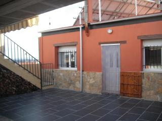 CASA RURAL SINGRA - Aragon vacation rentals