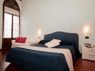 DOGE PALACE 7 - Venice vacation rentals