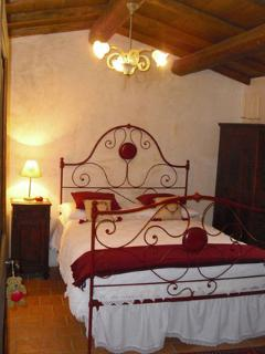 Charming house in the heart of a medieval village - Santo Stefano di Sessanio vacation rentals