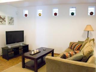 Private 1bd Retreat In North Beach - San Francisco Bay Area vacation rentals