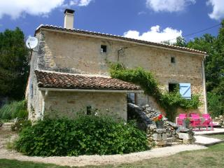 Beautifully renovated 600 year old cottage - Montbron vacation rentals