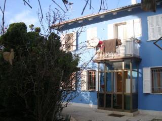 CASA PUFFA Venezia garden house near bus stop - Mestre vacation rentals