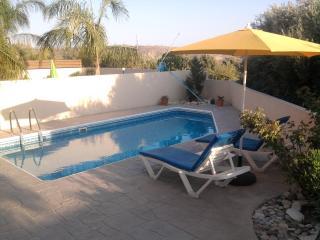 Gorgeous 3 bedroom Villa in Pissouri - Pissouri vacation rentals