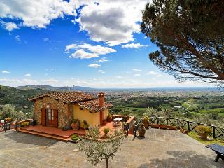 B&B I SETTE BORGHI -APARTMENTS WITH AMAZING VIEW - Massa e Cozzile vacation rentals