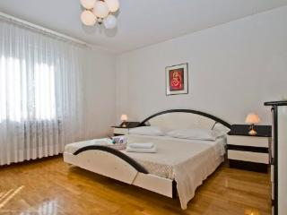 Nice Condo with Internet Access and Dishwasher - Zadar vacation rentals