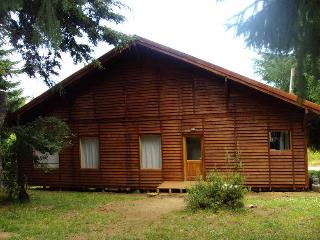 Excellent home in private country - Patagonia vacation rentals