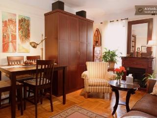 Cozy Quaint Clean and Comfy in Manhattan - Riverdale vacation rentals