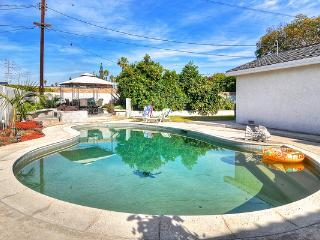 **Sale*$249*Walk to D'Land & Conv. Cntr*$249 - Tustin vacation rentals