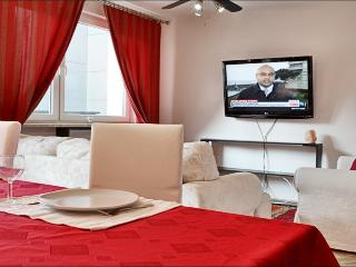 In the very center! Chmielna - Warsaw vacation rentals