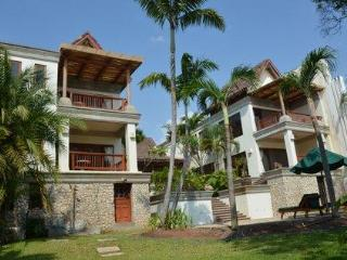 Beachfront Estate on Millionaire's row Langosta - Guanacaste vacation rentals