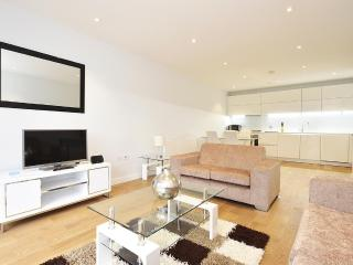 ebbf7a2a-3da6-11e3-ab98-90b11c2d735e - London vacation rentals
