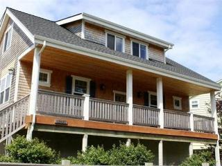 Adorable House with Deck and Internet Access - Neskowin vacation rentals