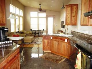 COUPLES BY THE SEA - Waldport - Waldport vacation rentals