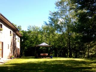 Beautiful 300 year old farmhouse with pool. - Chiaveretto vacation rentals