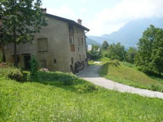 house and private street - House in a quiet hamlet in the heart of Veneto - Posina - rentals