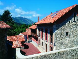 Apartment 2 people Llanes Coast - Llanes vacation rentals