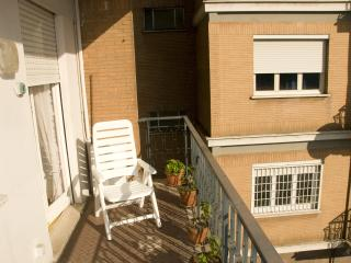 Near Trastevere/historical center with balcony - Rome vacation rentals