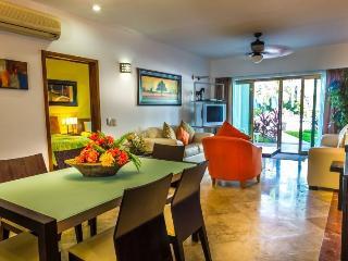 3 Bedroom Ground Floor at Paseo Del Sol! - Playa del Carmen vacation rentals