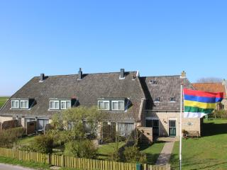 1 bedroom Condo with Internet Access in Oosterend - Oosterend vacation rentals