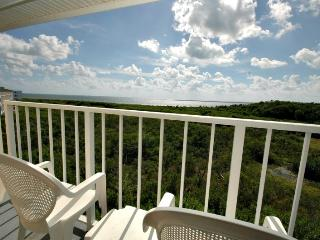 2412 Ocean Pointe - Ocean view on a budget! - Key Largo vacation rentals