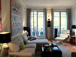 Paris Haussmann - Stylish Opera 1 bedroom apartment - Paris vacation rentals