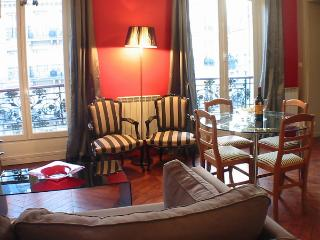 Marais Romance - 1 bedroom apartment - Paris vacation rentals